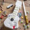 پیناتای گیتار